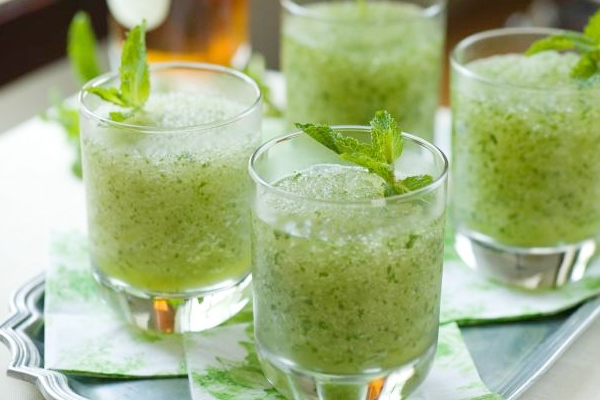 Aam-Panna-summer-beverages