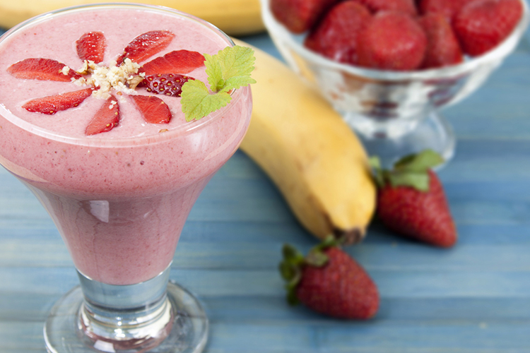 Strawberry-Banana-Protein-Smoothie-summer-beverages